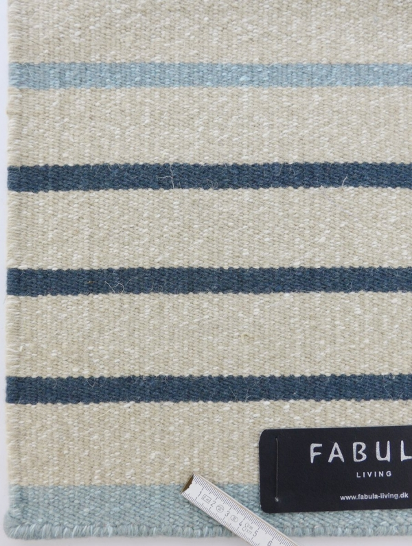 fabula teppich poppy 3812 hell blau beige. Black Bedroom Furniture Sets. Home Design Ideas