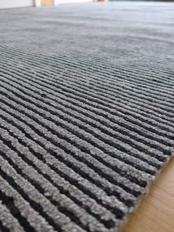 fabula teppich odin 1615 grau schwarz. Black Bedroom Furniture Sets. Home Design Ideas